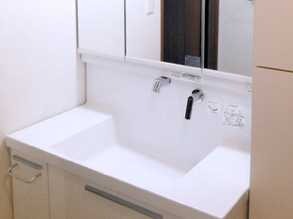バスルームリフォーム 小さくしてちょうどよいサイズのバスルーム