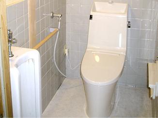 トイレリフォーム 袖壁をなくし広々明るく使いやすくなったトイレ