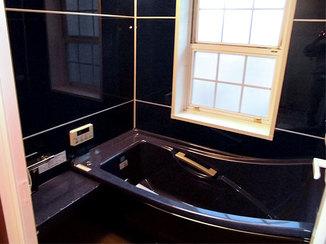 バスルームリフォーム 断熱対策済みのユニットバスで年中快適なバスルーム