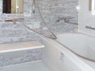 バスルームリフォーム タイル張りの浴室から温かく綺麗なユニットバスへリフォーム