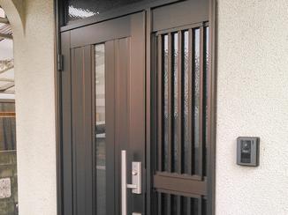 エクステリアリフォーム キレイになって防犯性もアップした玄関ドア