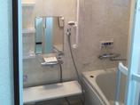 バスルームリフォーム毎日の暮らしを快適に。温もりのあるお風呂場